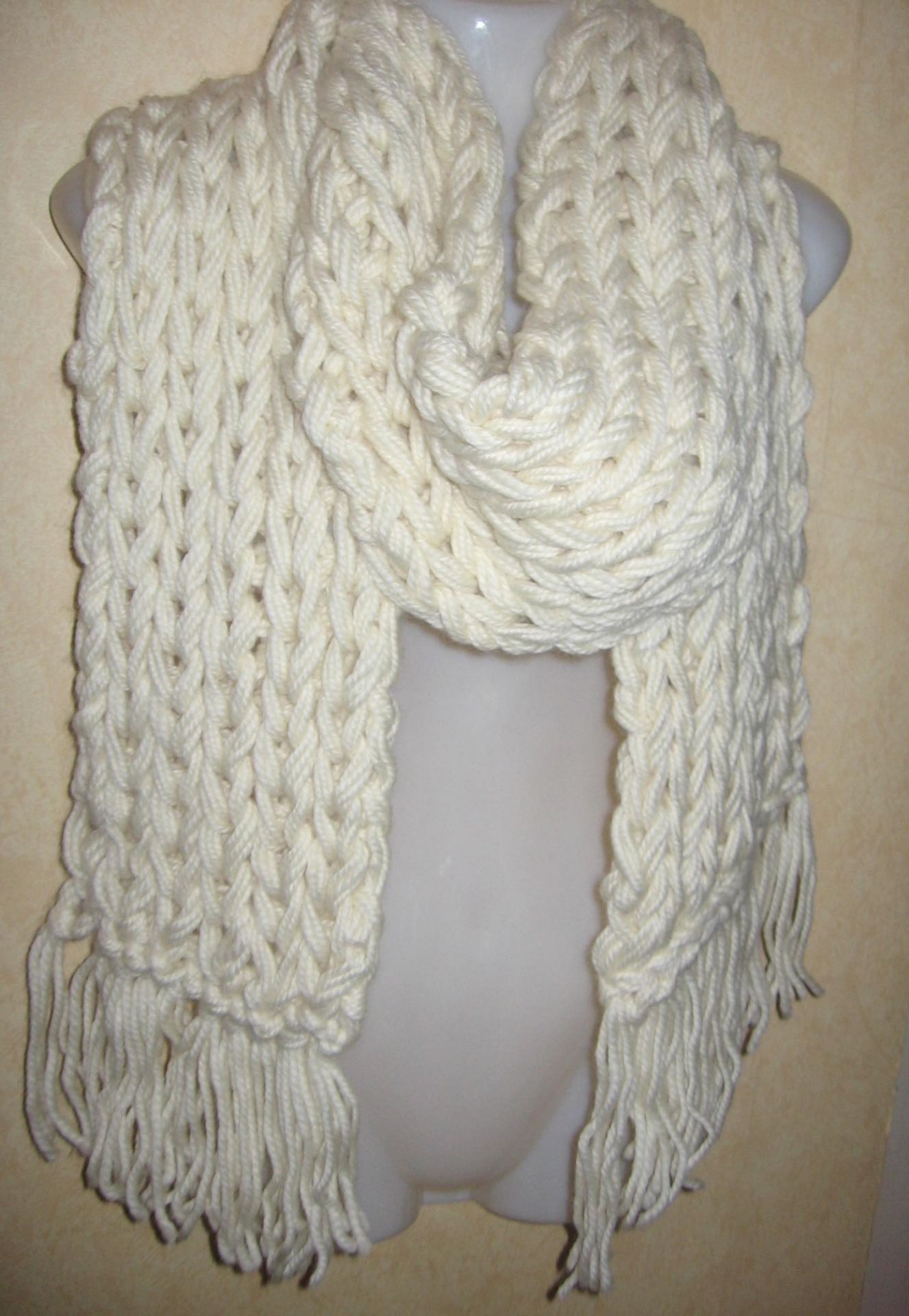 4d3ea7ace09b echarpe crochet grosse laine