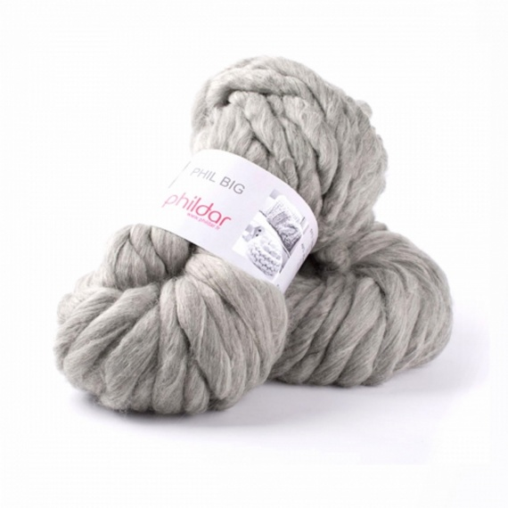 laine a tricoter avec les bras