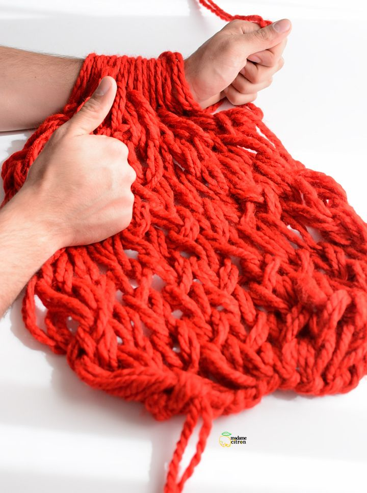 laine a tricoter avec les doigts