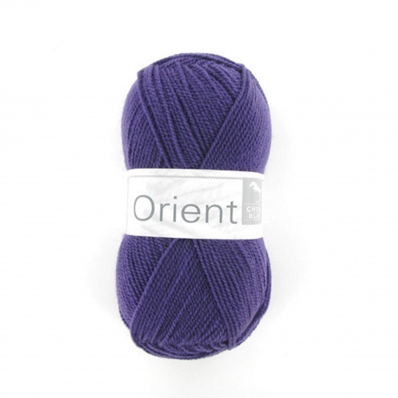 laine a tricoter cheval blanc