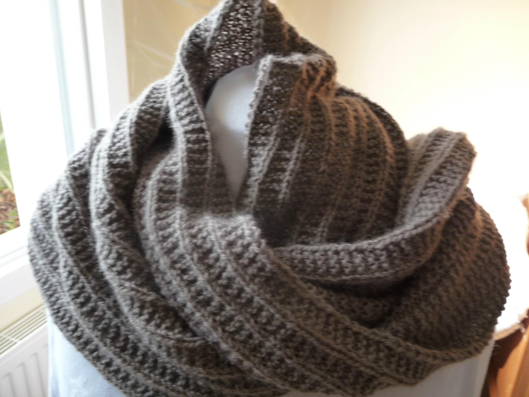 laine a tricoter echarpe fantaisie c0b51d33f9f