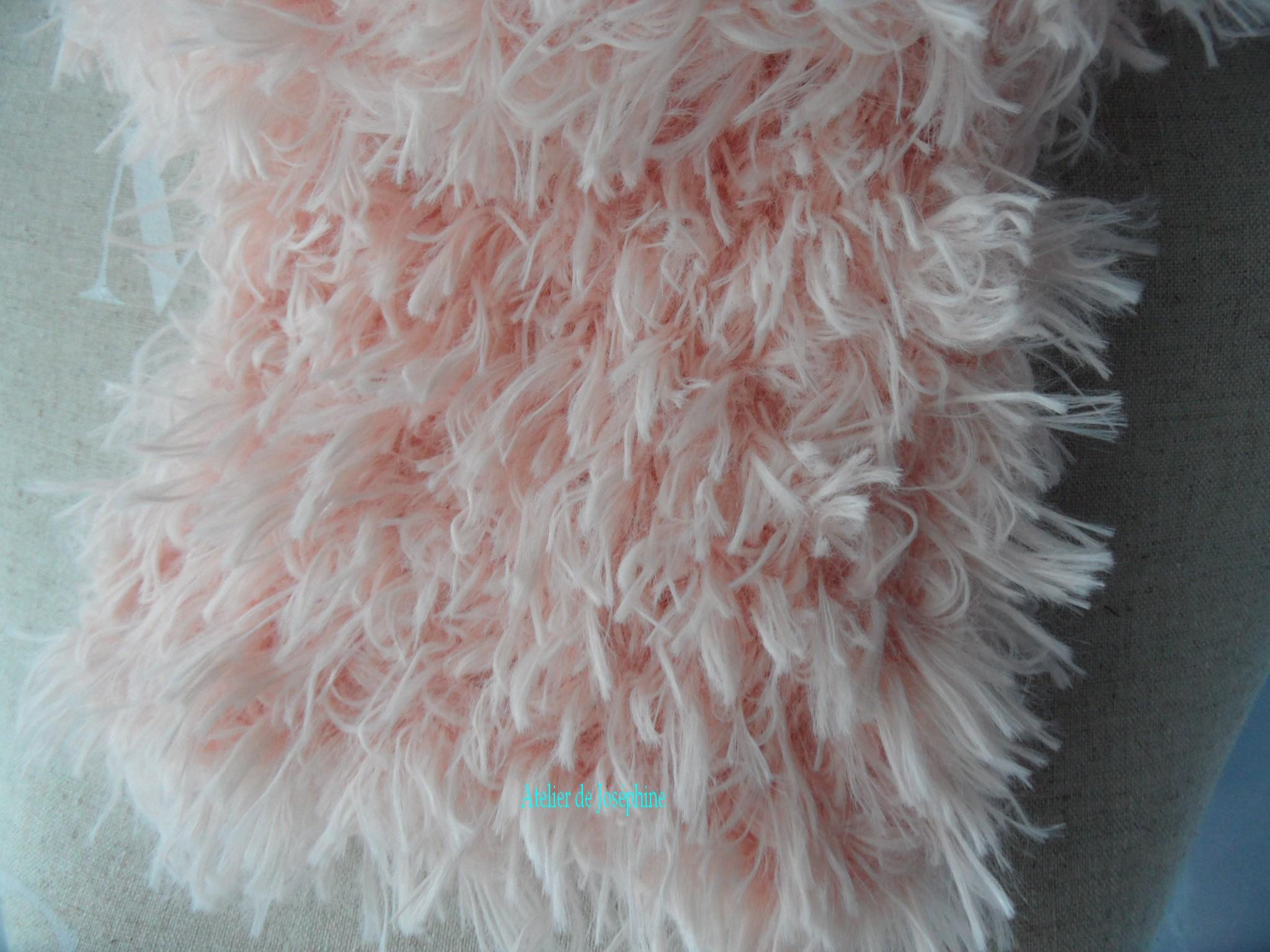 laine a tricoter effet fourrure