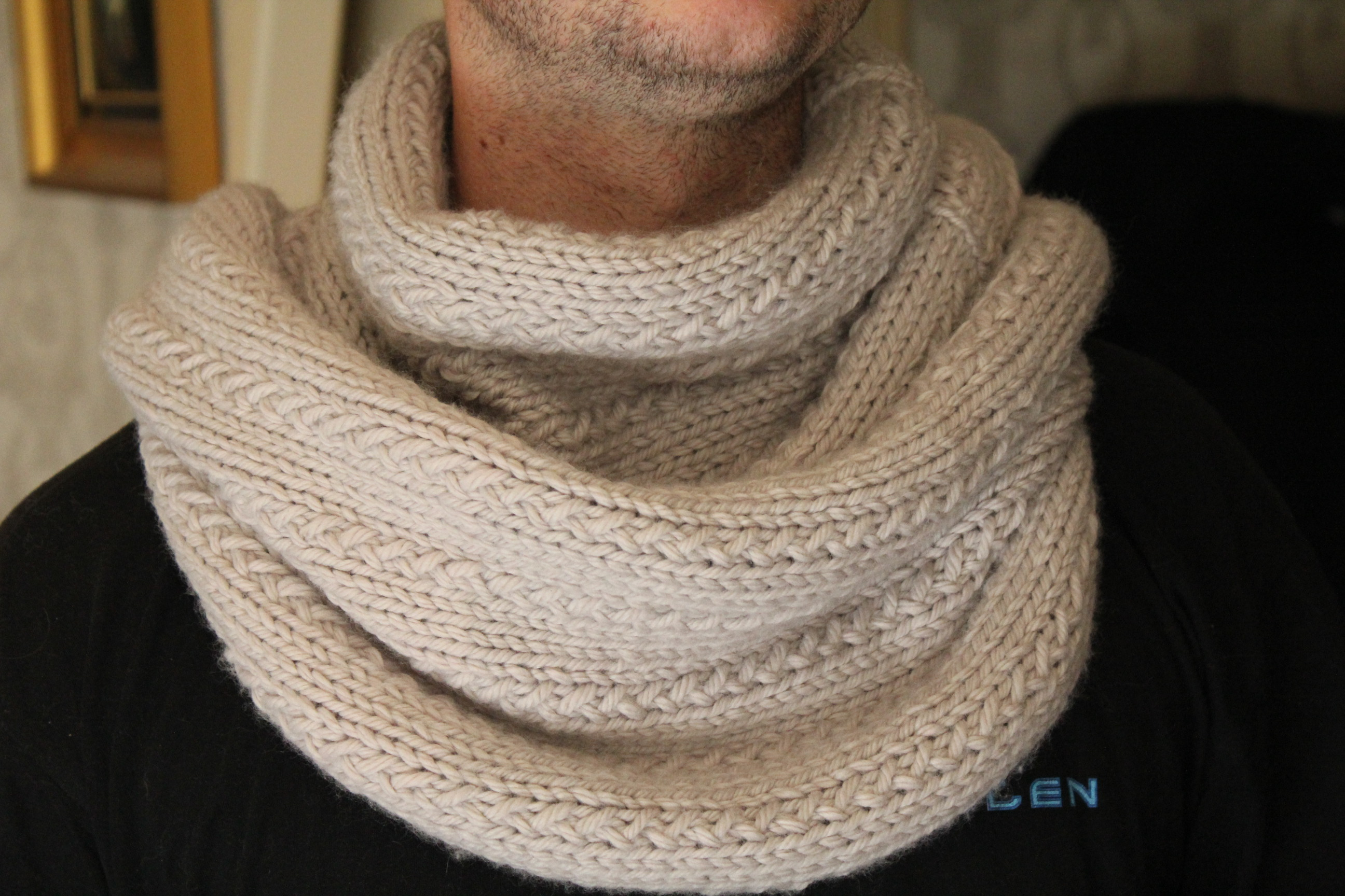 laine a tricoter fantaisie pour echarpe