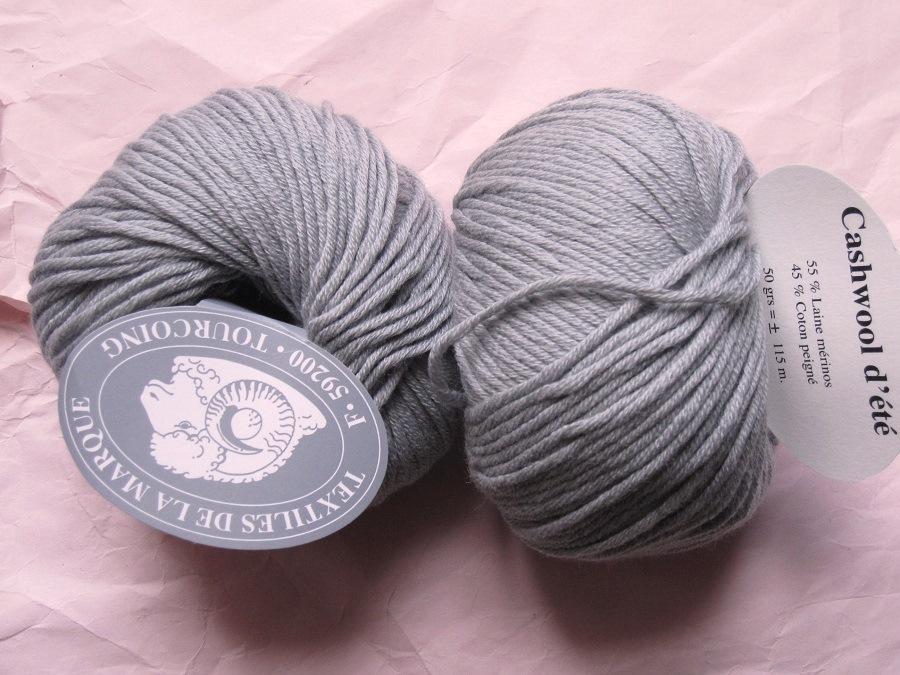laine a tricoter gris clair