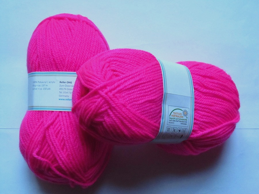 laine a tricoter rose fluo