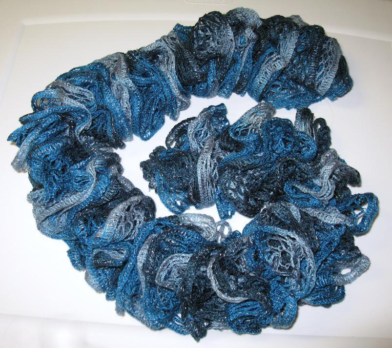 7c0e5a8af714 Tricoter echarpe froufrou - Idée pour s habiller