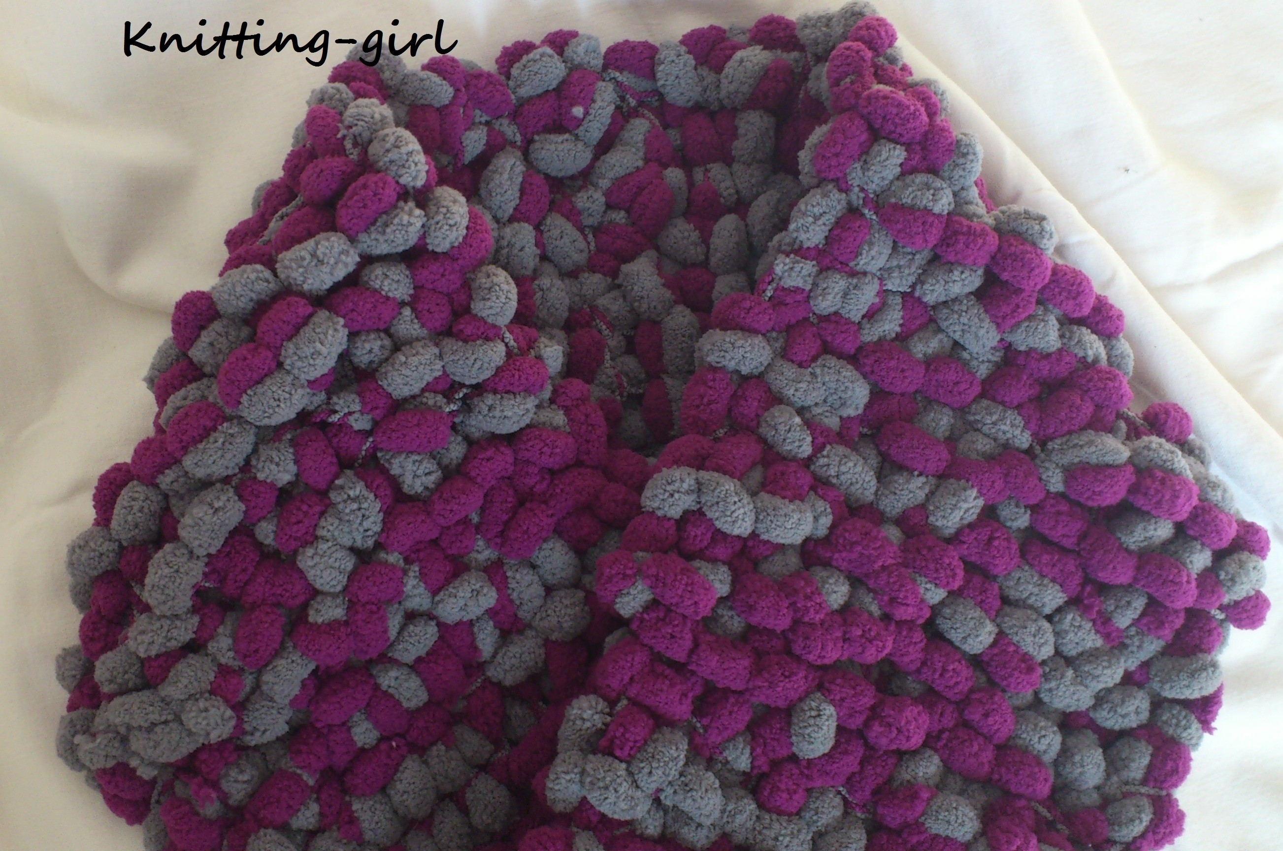 ecf7c6a24f39 tricot laine a pompons