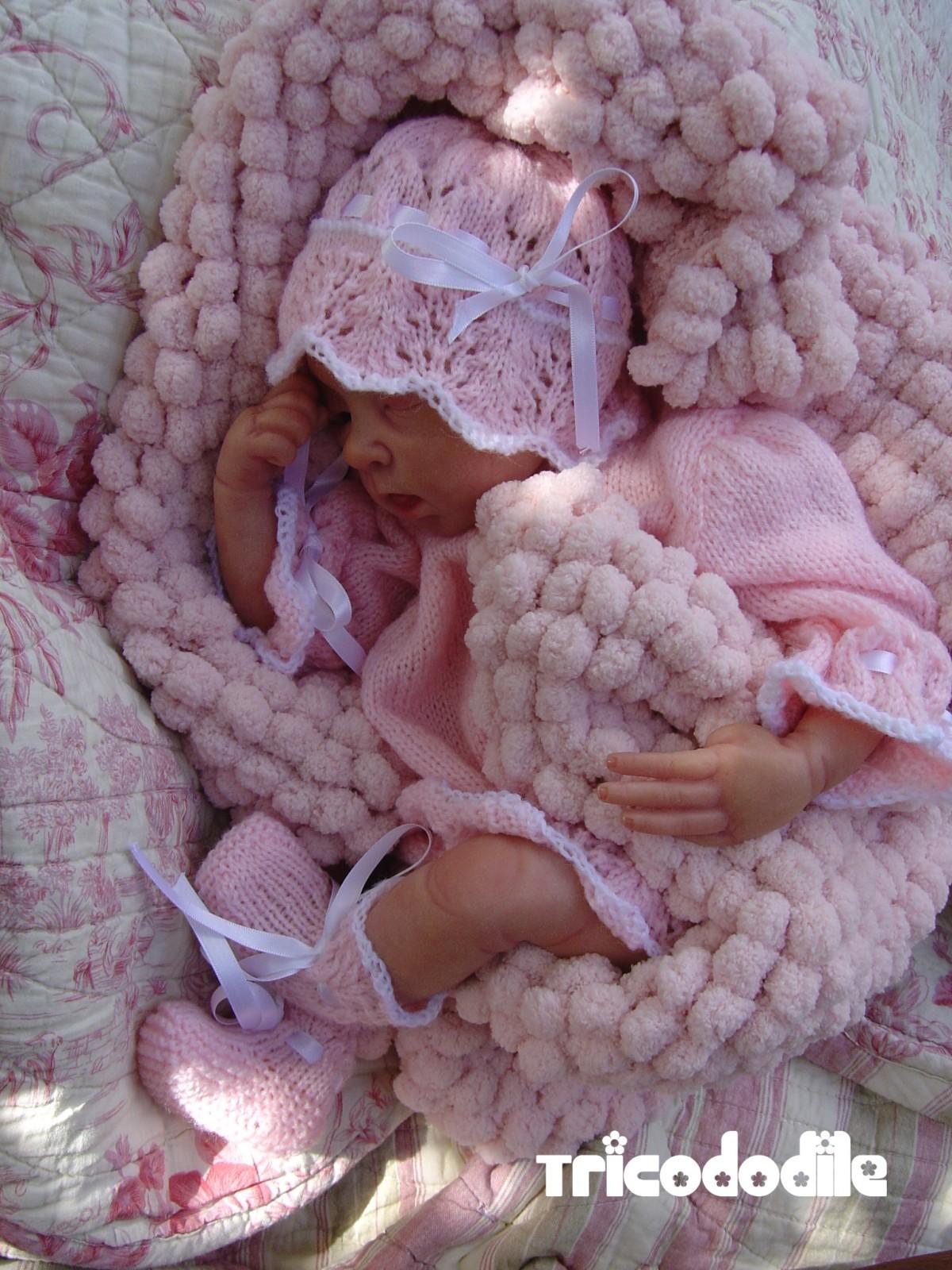 tricot laine a pompons