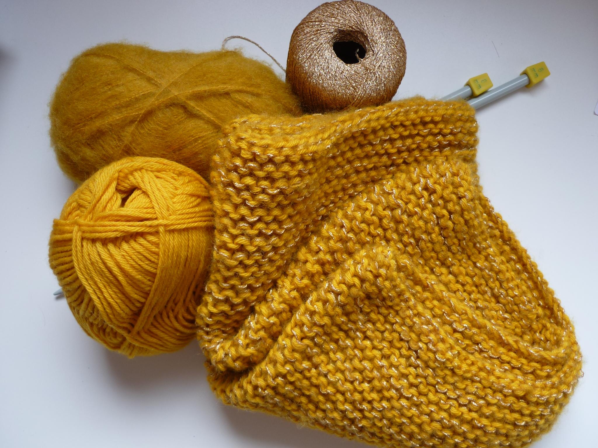 Pull en laine couleur moutarde   Eco design c0b24059431e