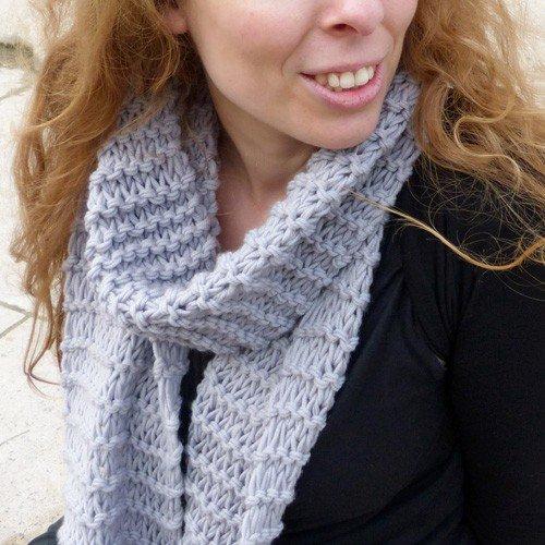 laine a tricoter echarpe