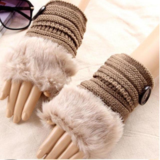 laine a tricoter fausse fourrure
