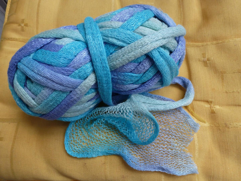 pelote de laine fantaisie pour echarpe
