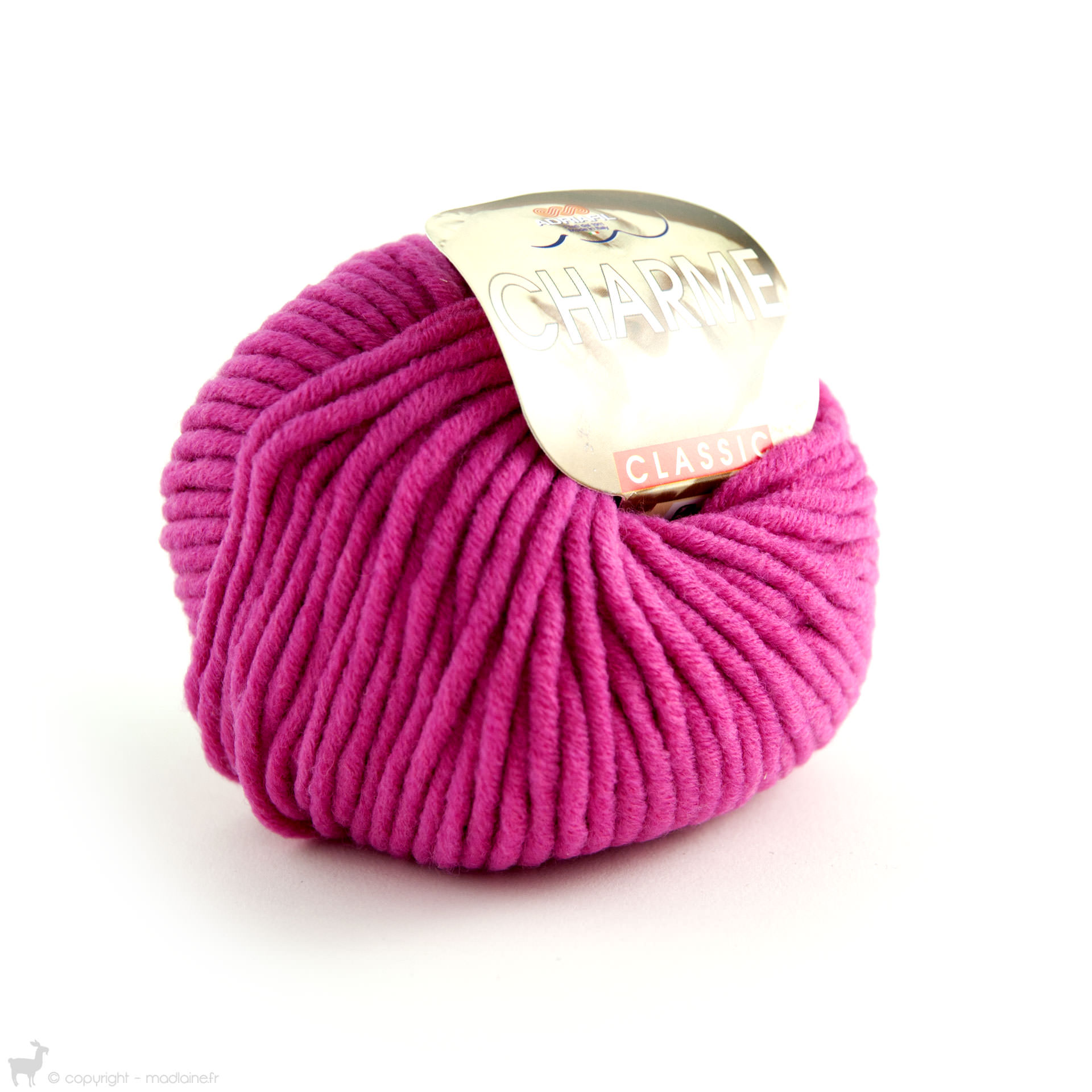 pelote de laine fushia