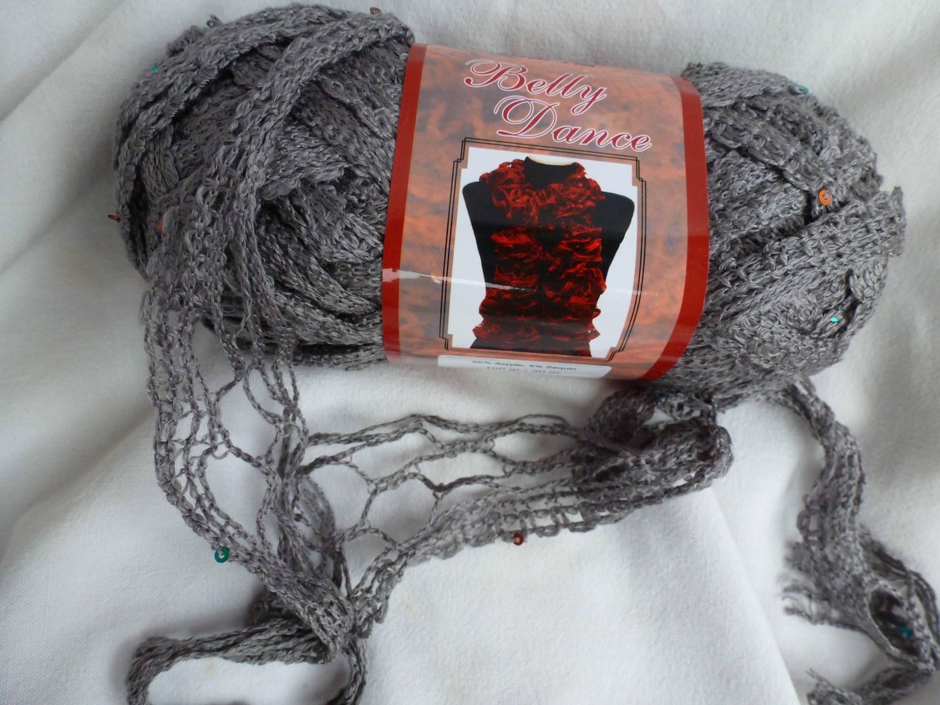 pelote de laine pour echarpe a volants